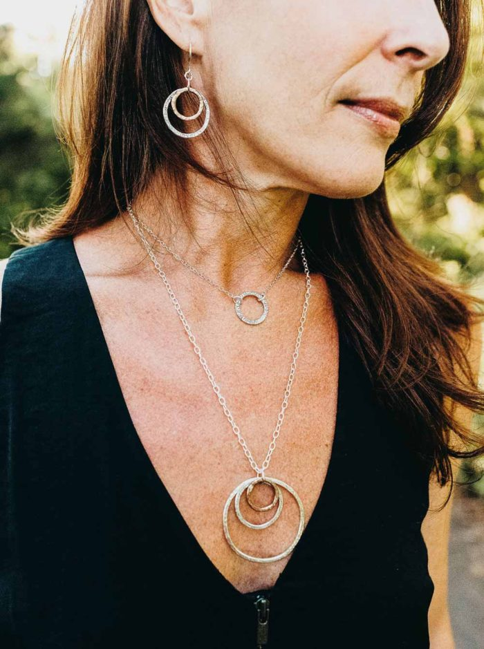 Hoops and necklace in sterling silver and copper